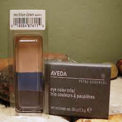 aveda_petal_essence_eye_color_trio_999_blue_dawn.png