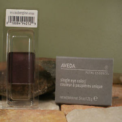 aveda_petal_essence_single_eye_color_aubergine.png